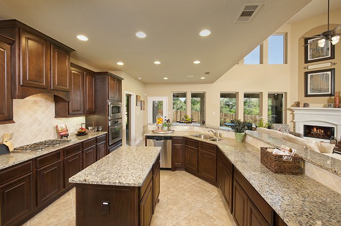 Perryhomes kitchen design 3798w gorgeous kitchens for Model kitchen images