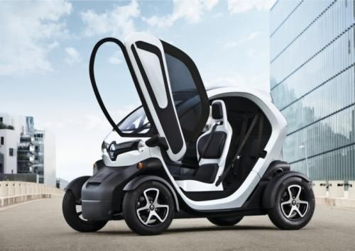 Renault Twizy Now Available For The 14 Year Olds Small Electric Cars Electric Car Electric Cars