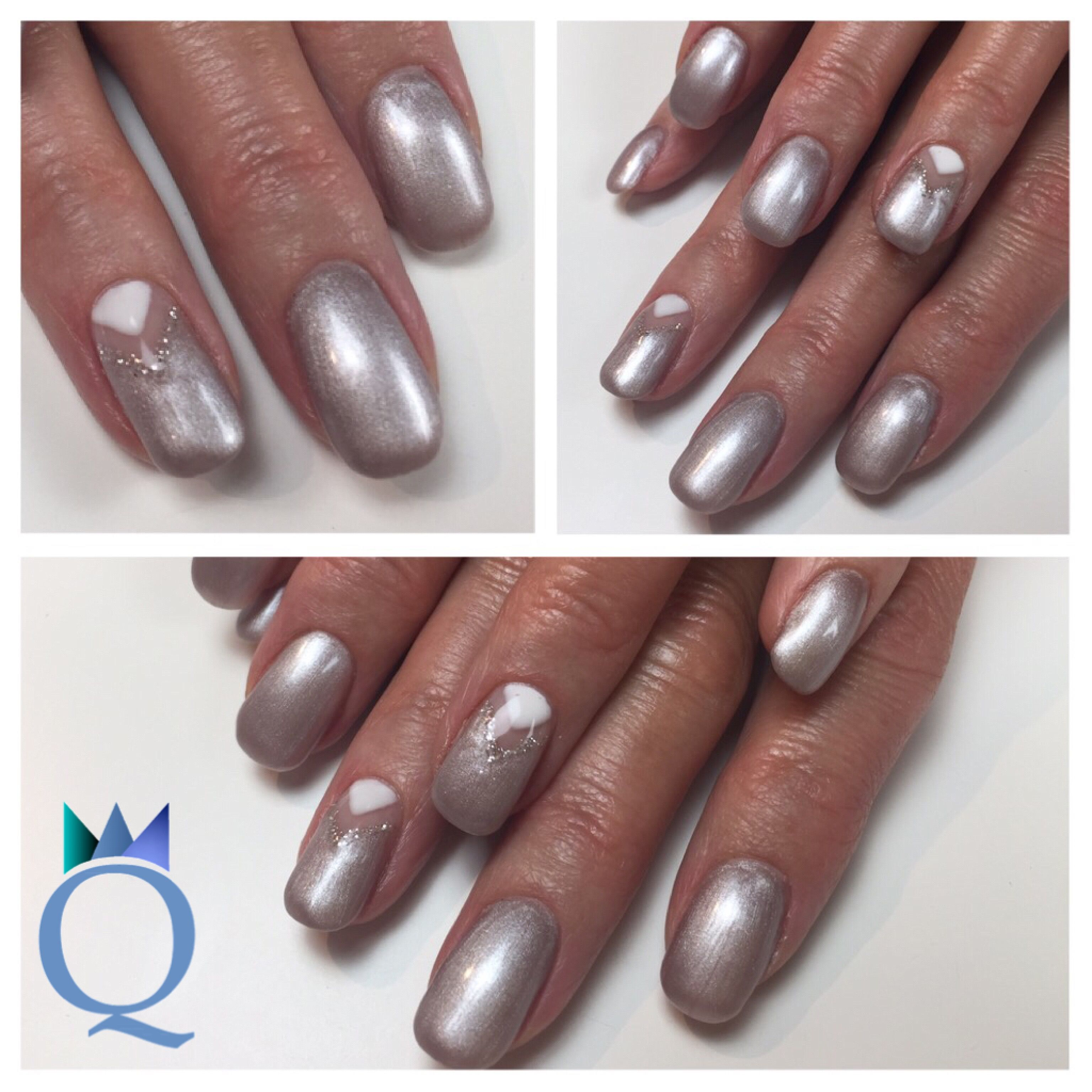shortnails #gelnails #nails #silver #grey #white #triangle ...