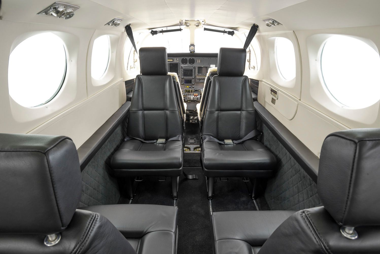 Cessna 340A Cessna, Aircraft interiors, Aircraft painting
