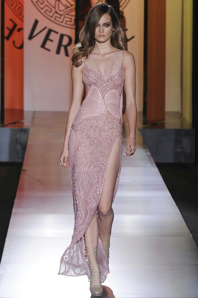 Pin by Lisset Reza on Fashion ^_^ | Pinterest | Versace and Fashion