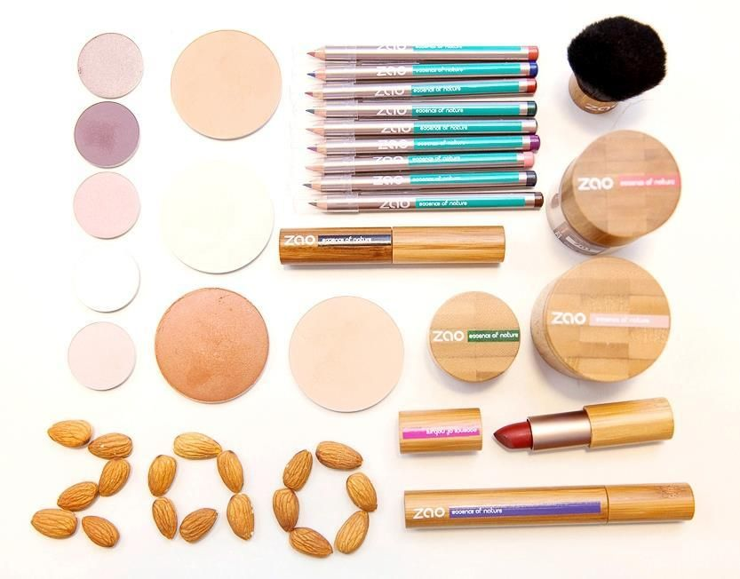Just a girl who loves makeup!! | Organic cosmetics