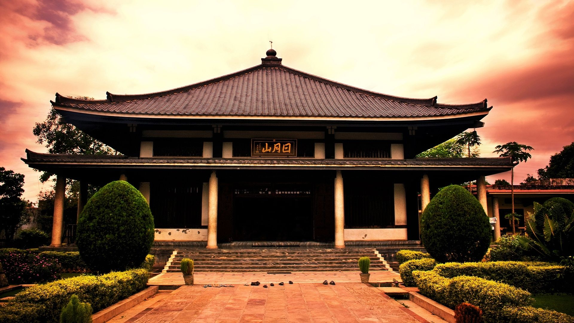japanese temple Big in Japan Pinterest Temple