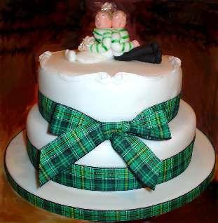 Celtic Wedding Cake topper Beautiful Scottish themed Wedding Cake ...