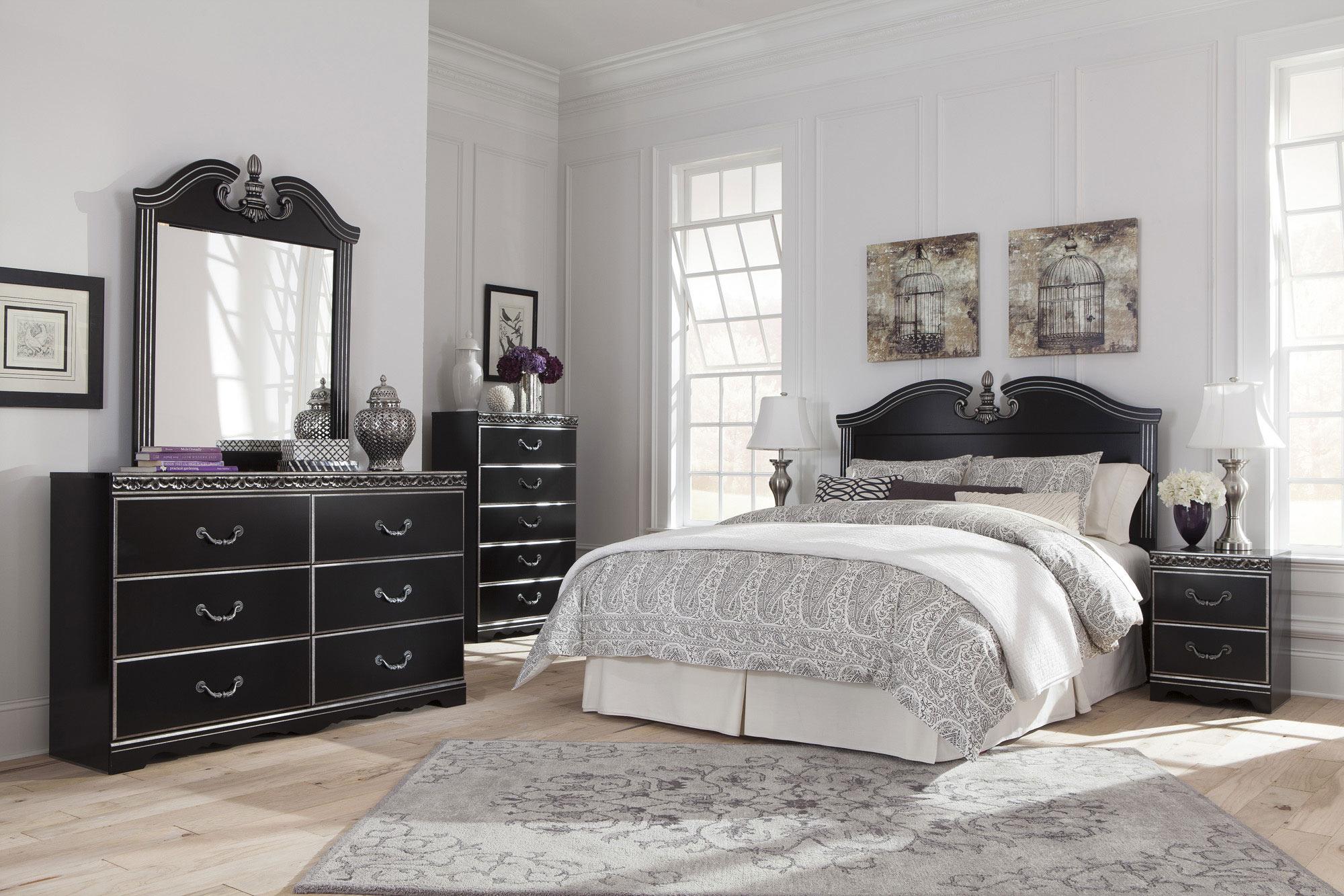 Navoni Queen/Full Panel Headboard Master bedroom set