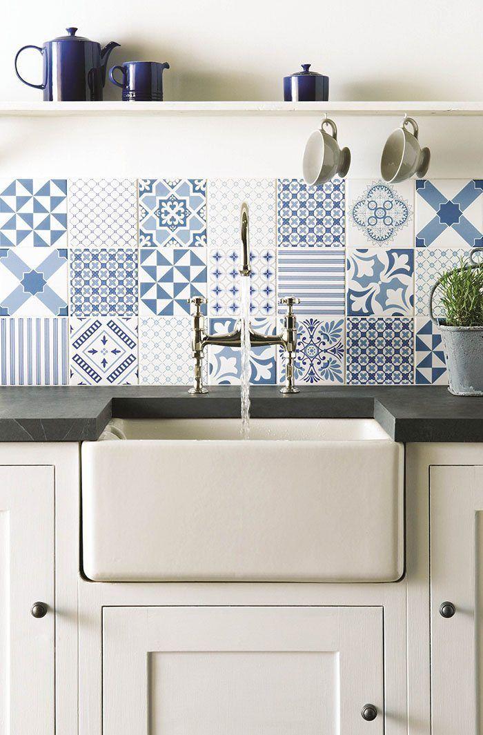 Revestir suelos y paredes con azulejos en azul y blanco | Originales ...