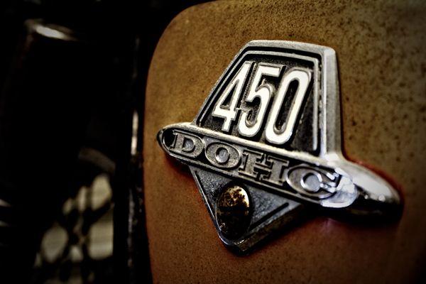 Vintage Honda Cb450 Motorcycle Tank Badge Smaller Motorcycle Tank Retro Cars Car Badges