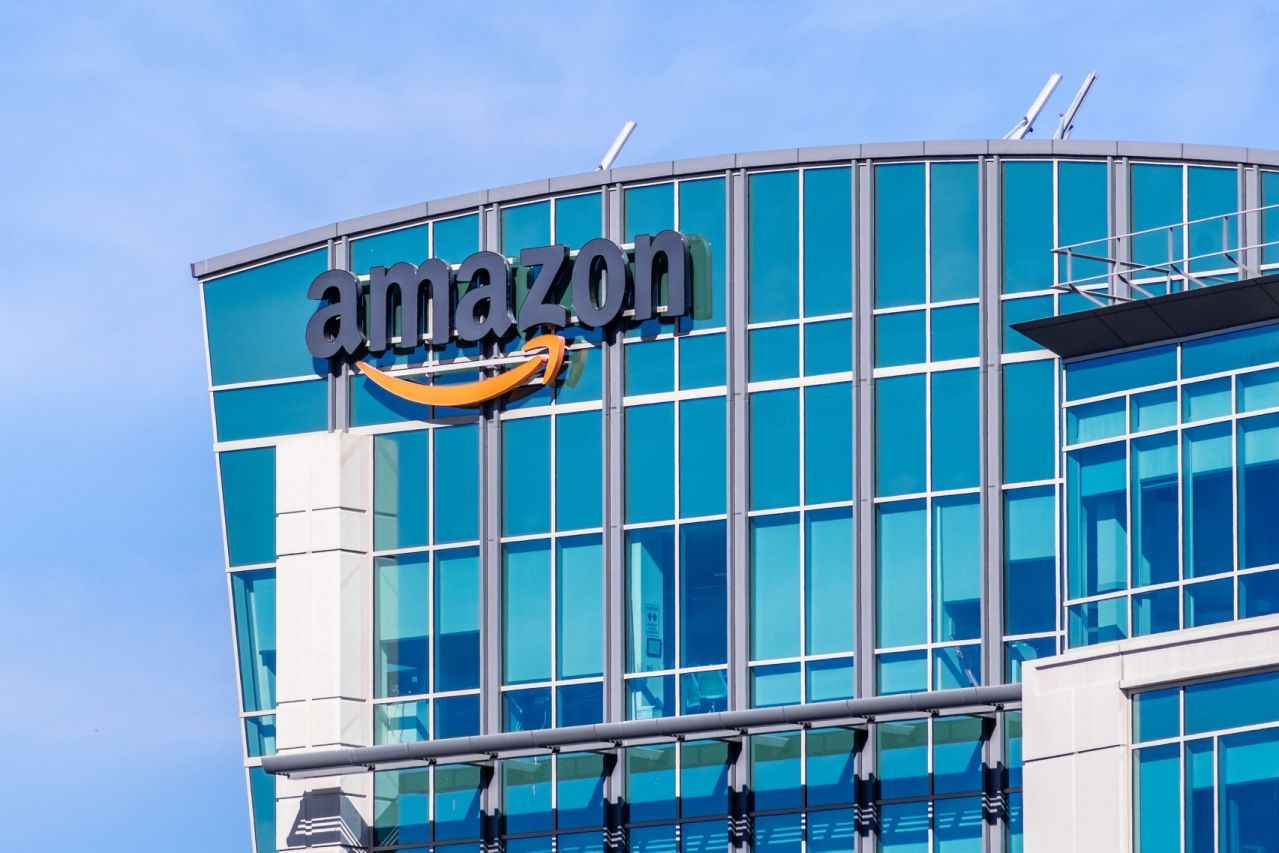 Amazon abandons plans for New York headquarters (With