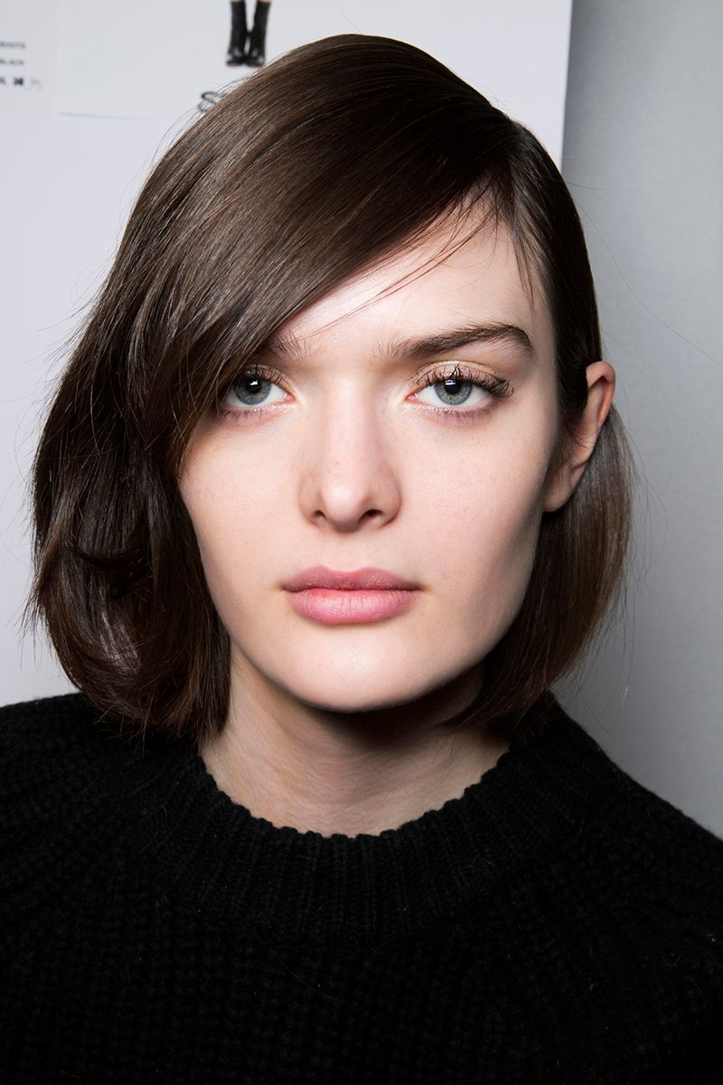 mediumshort hairstyles that are lowmaintenance yet stylish