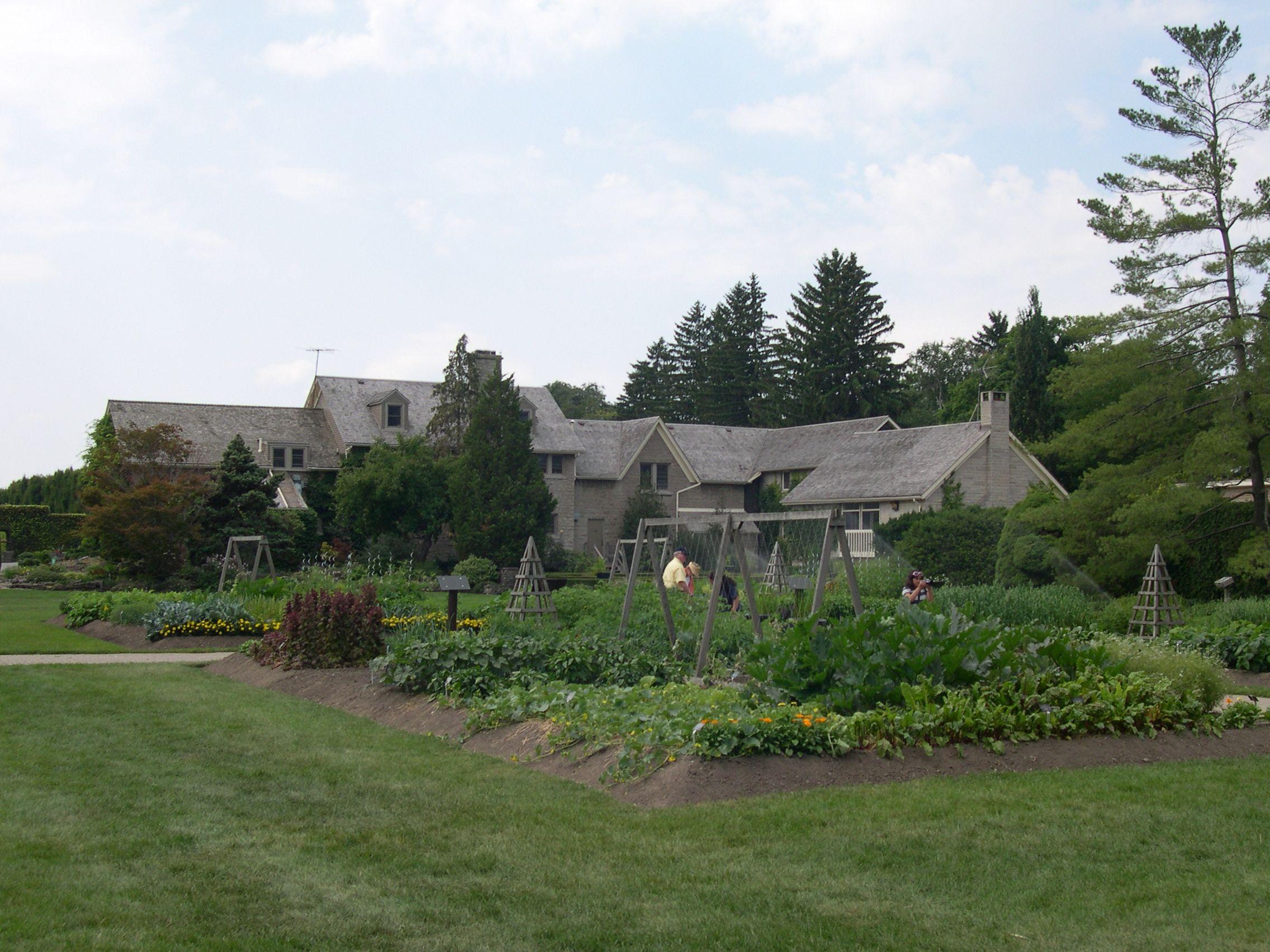 School of Horticulture at Niagara Parks Botanical Gardens | Favorite ...