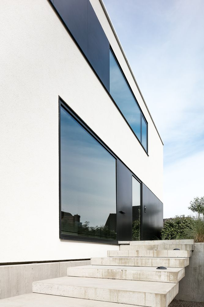 22 Modern Residences With Classy Exterior Designs: Gallery Of HM Residence / CUBYC Architects - 2
