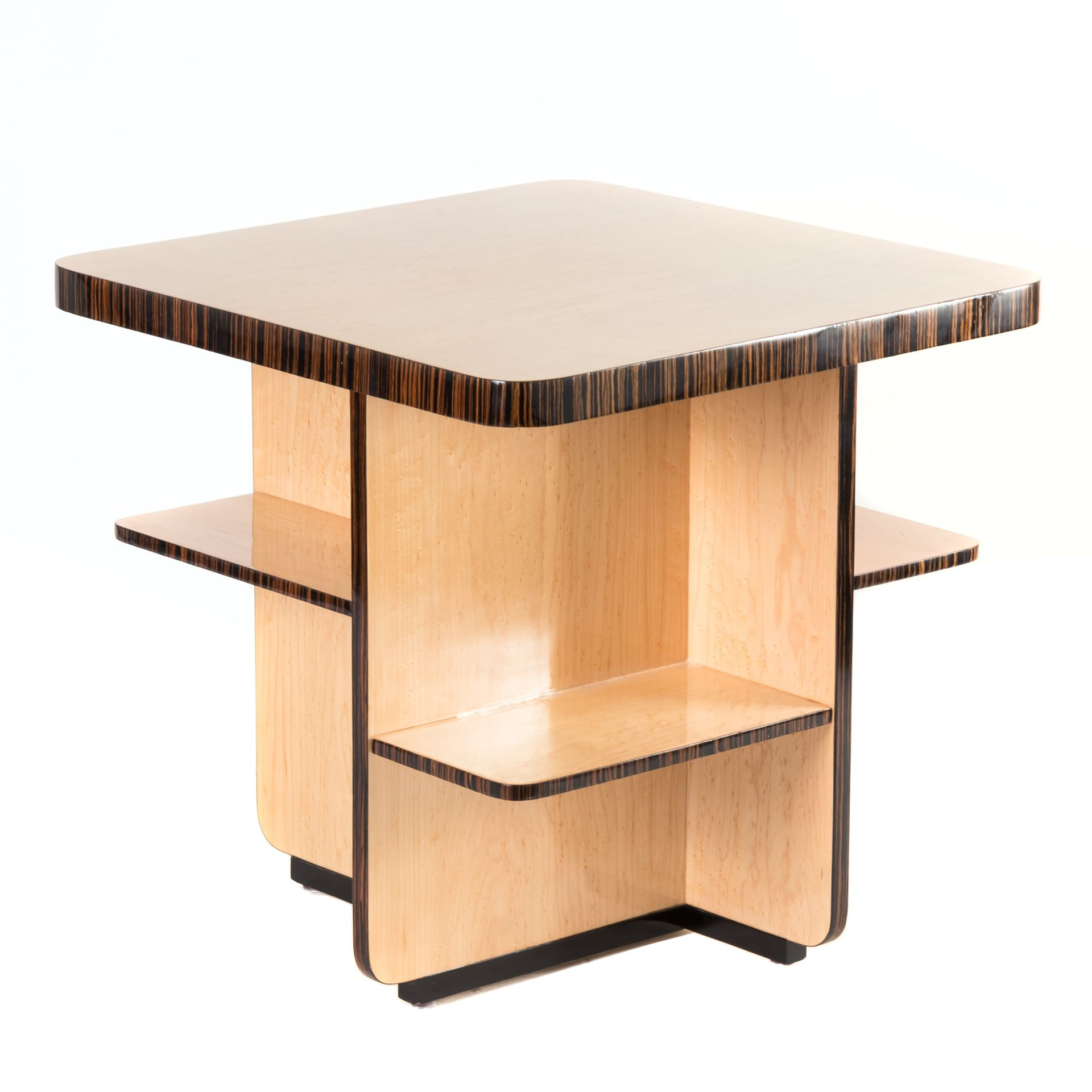 Show your style with this multishelf side table maple veneer