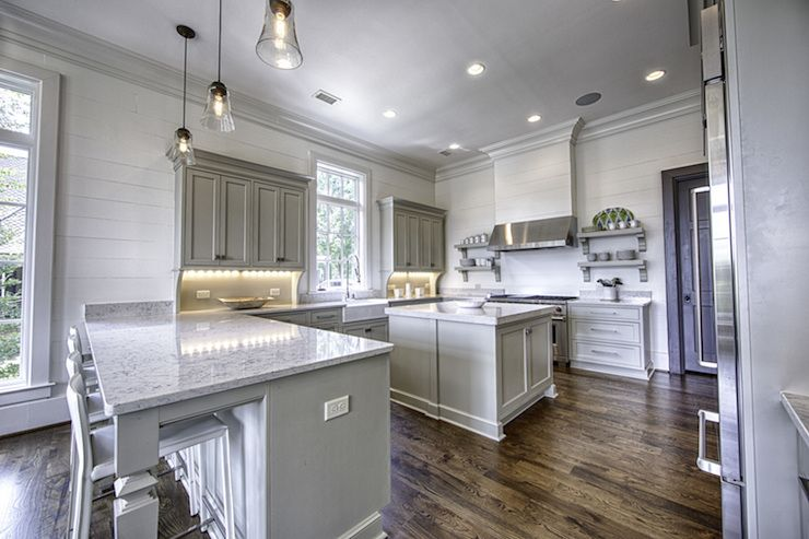Best Benjamin Moore Senora Gray In 2019 Grey Shaker Kitchen 400 x 300