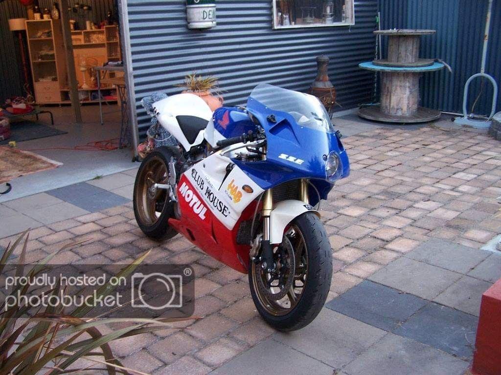 Rc30 Durbhann Parts Bike Design Sport Bikes Cool Bikes