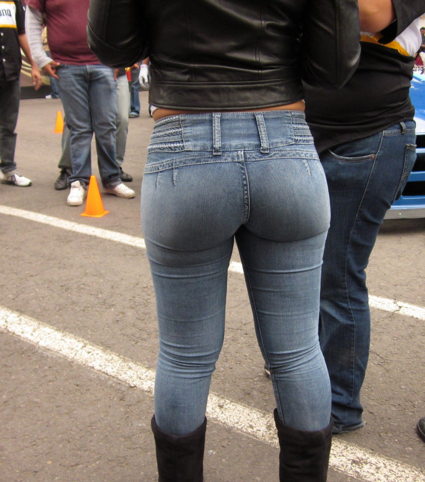 Candid milf ass denim jeans