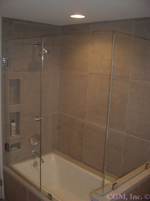 Tub Shower Combo With An Updated Look With Images Small
