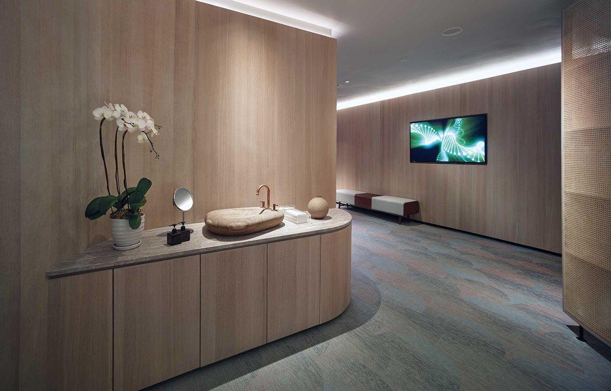 EOS Wellness SPA uses Bolon floor tiles in their