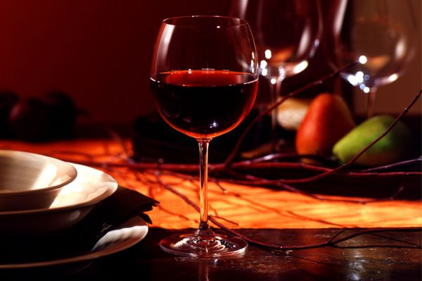 Google Image Result for http://cdn.sheknows.com/articles/red-wine-on-autumn-table-setting(1).jpg