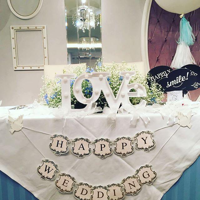 メインテーブルも可愛く装飾(*^^*)とっても素敵でした♪♡ #渋谷ブルーム #渋谷bloom #ウェディングパーティー #結婚式 #15次会 #メインテーブル #会場装飾 #love #happywedding