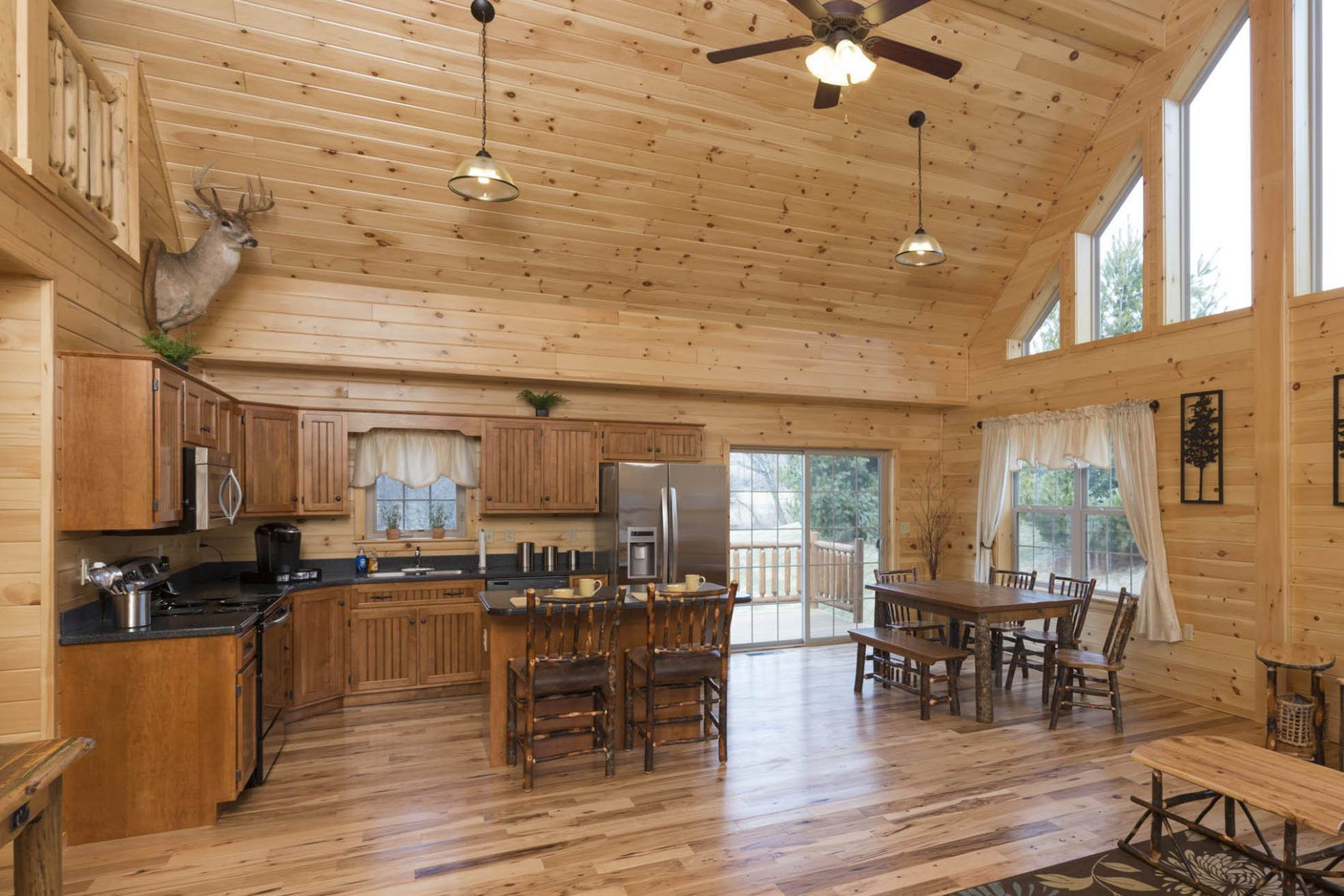 Mountaineer Deluxe Cabin | Modular Cabin Homes | Zook Cabins