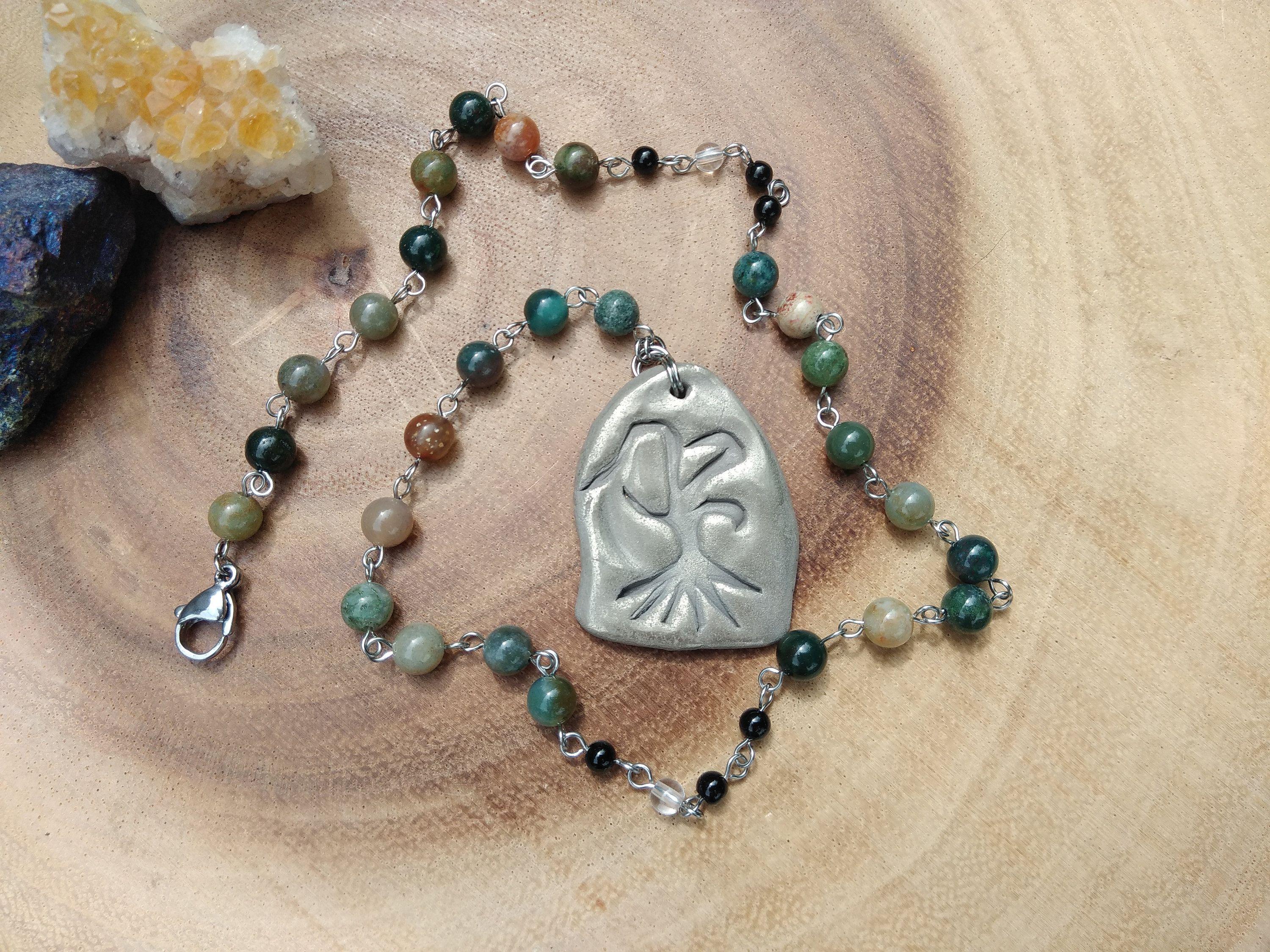 Rooted Tree pagan prayer beads, Indian agate druid rosary