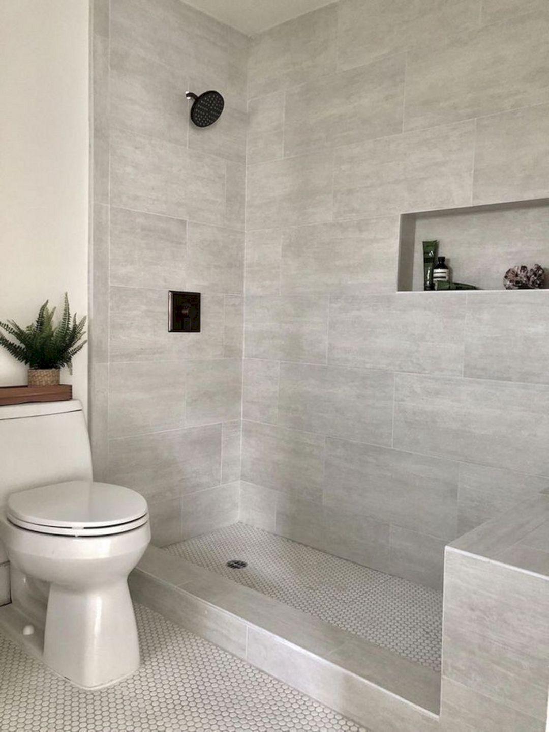 banco y separación ducha #bathroomtiledesigns