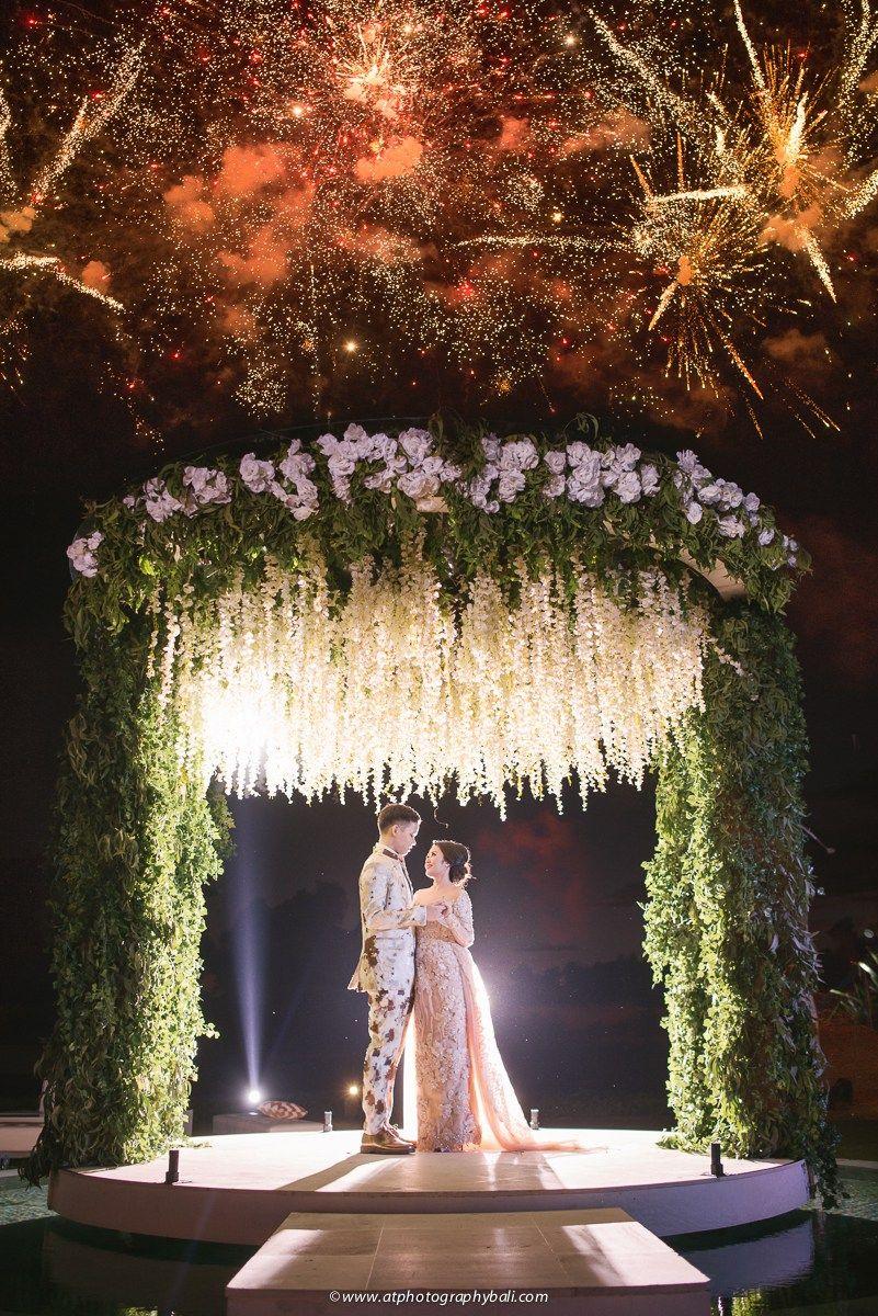 Pernikahan alma dan alda di villa phalosa bali outdoor wedding pernikahan alma dan alda di villa phalosa bali junglespirit Choice Image