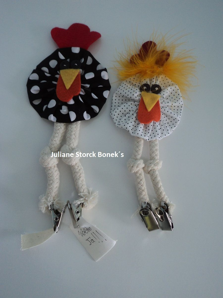 Juliane Storck Bonek\'s: Ìmã de geladeira | Chicken Christmas decor ...