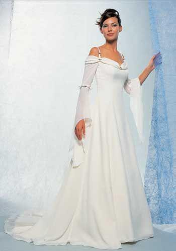 medieval style dress | Lindsay | Pinterest | Medieval, Wedding dress ...