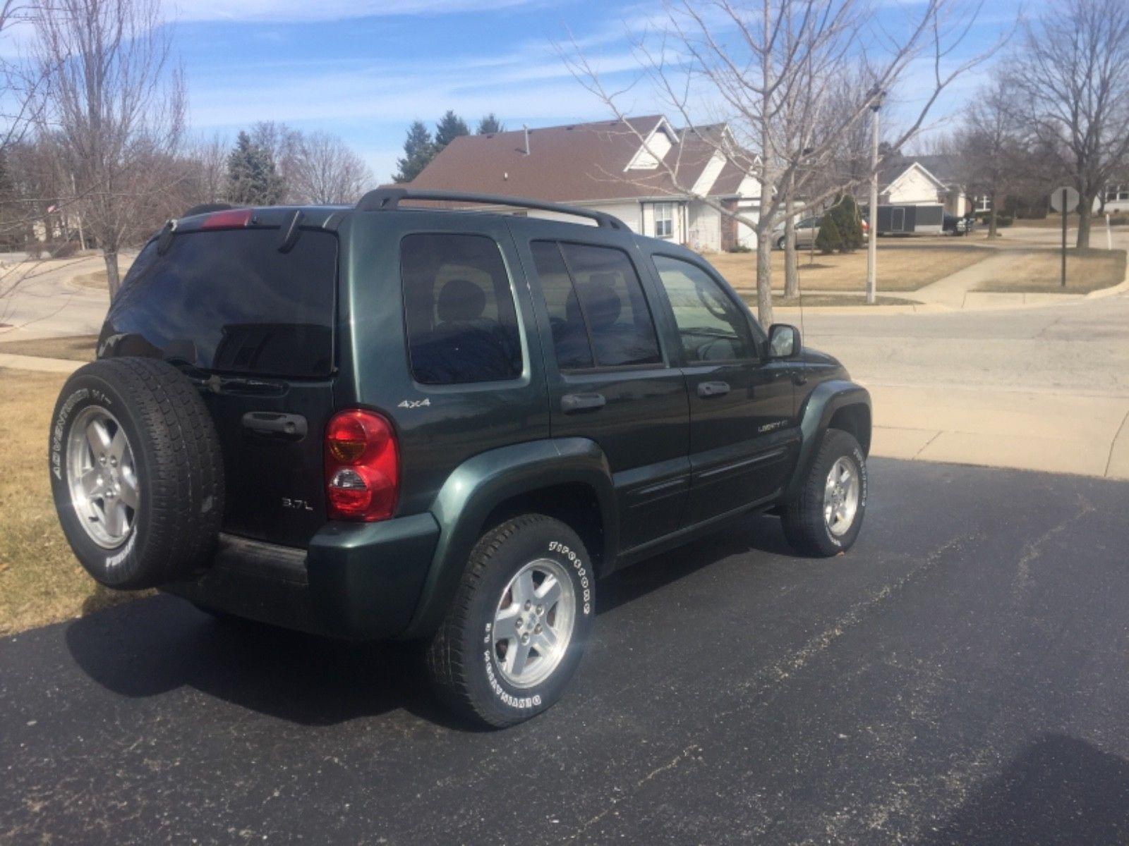 ebay 2003 jeep liberty sport 2003 jeep liberty great shape needs rh pinterest at
