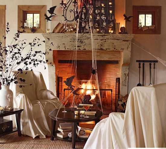 spooky halloween living room decor with cobwebs and ravens living rh pinterest com