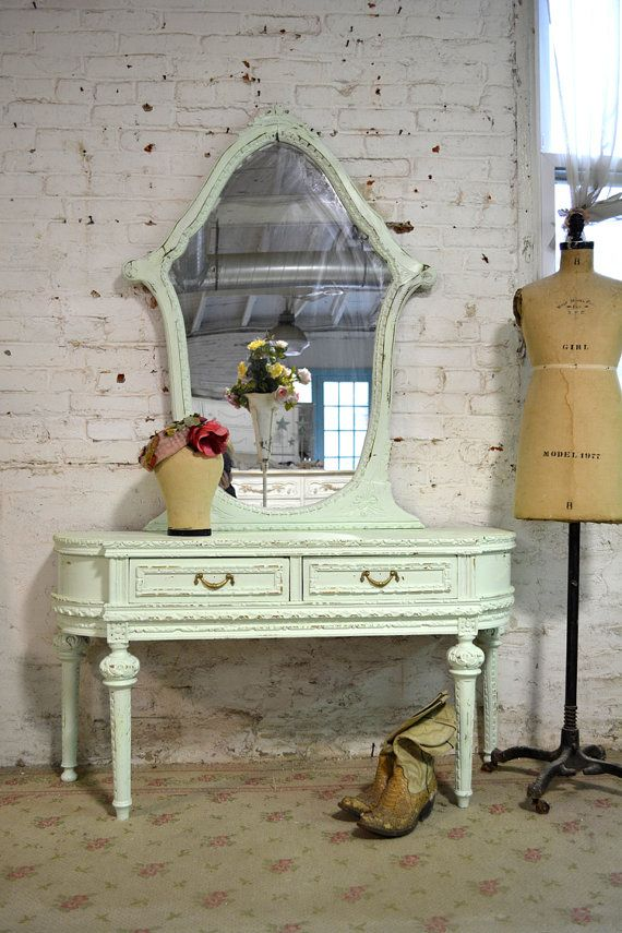 Vanity muebles pintados pinterest rom ntico shabby for Muebles romanticos