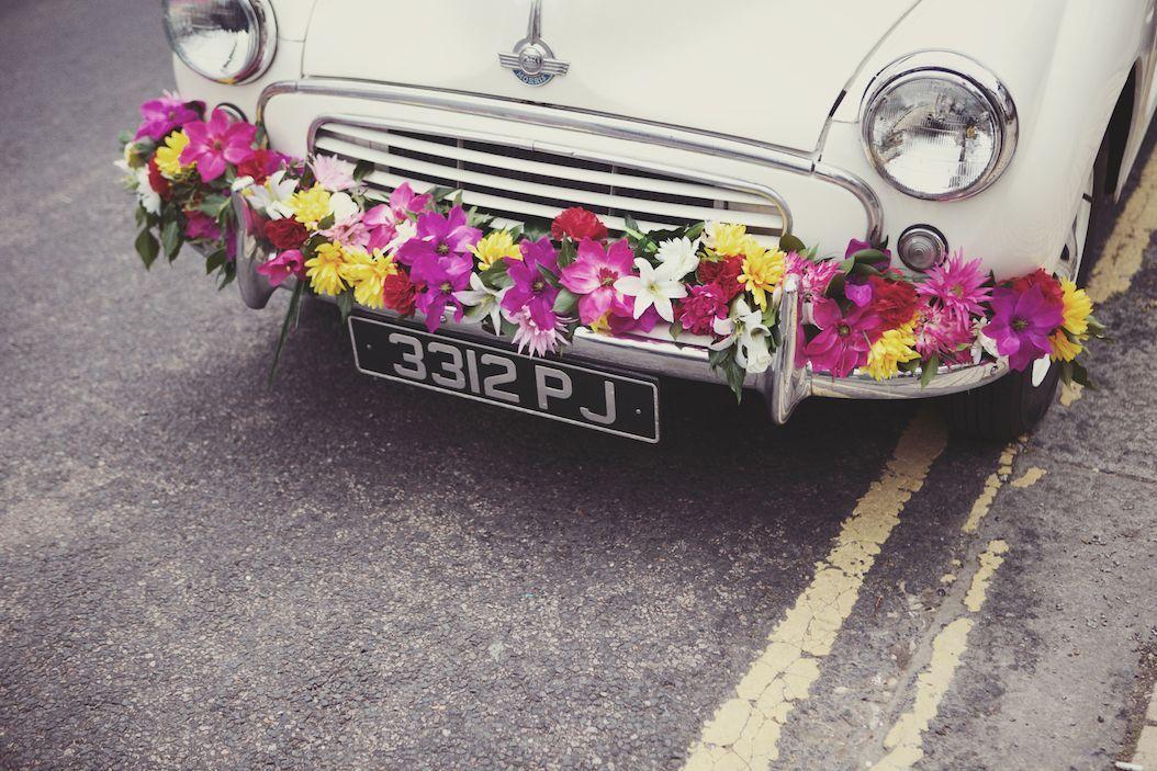 Wedding Car Flowers Lisa Devlin Devlinphotoscouk