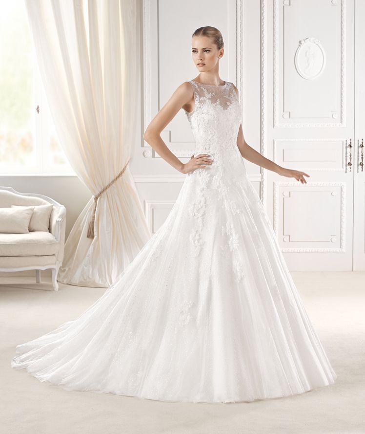 Simple La Sposa sleeveless lace wedding dress