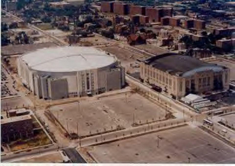 United Center Henry Horner Public Housing Chicago Il Historical Sites Stadium Chicago