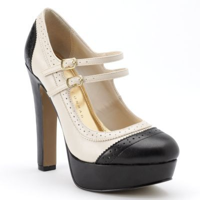 Double strap Mary Janes? Yes, please!