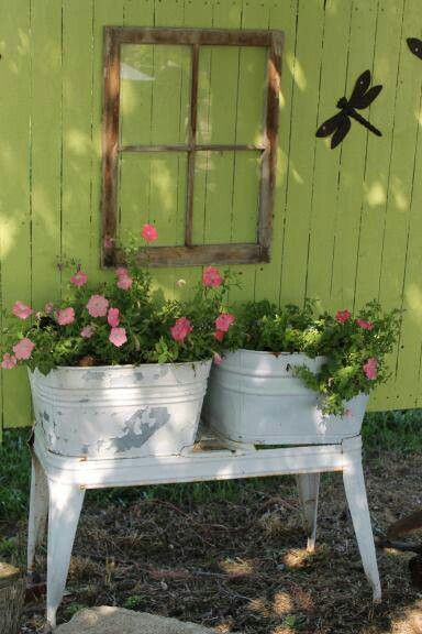 Wash Tub Planters With Images Garden Flower Beds Garden Whimsy Rustic Gardens