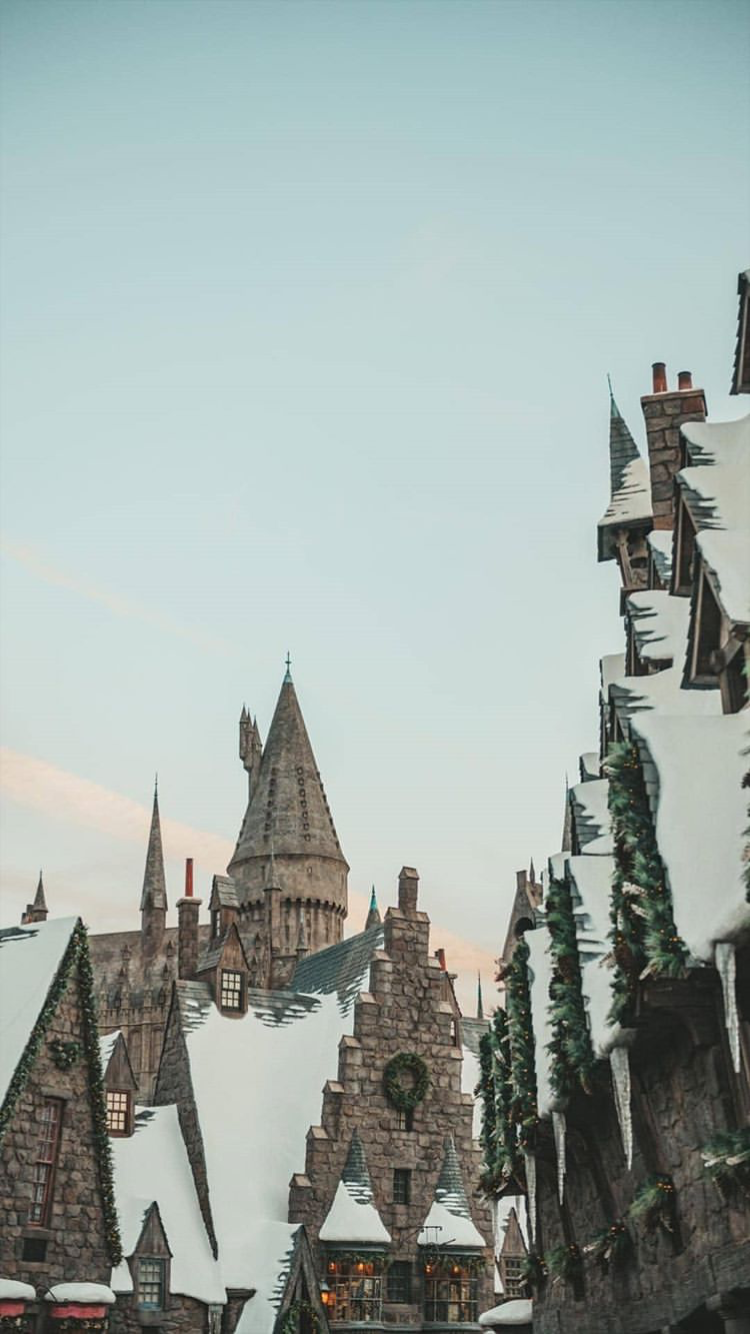 Movies Wallpaper For Iphone From Uploaded By User Harry Potter Pictures Harry Potter Wallpaper Hogwarts Aesthetic