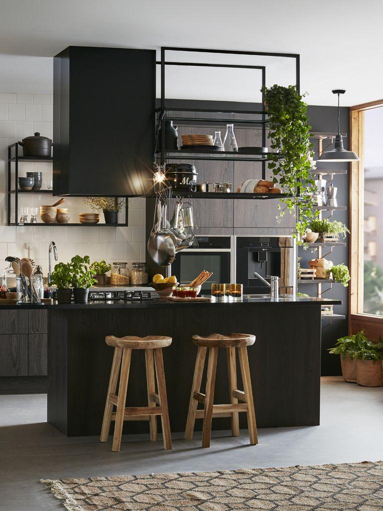 Cuisine noire et bois : le combo du moment   Cuisine noire ...