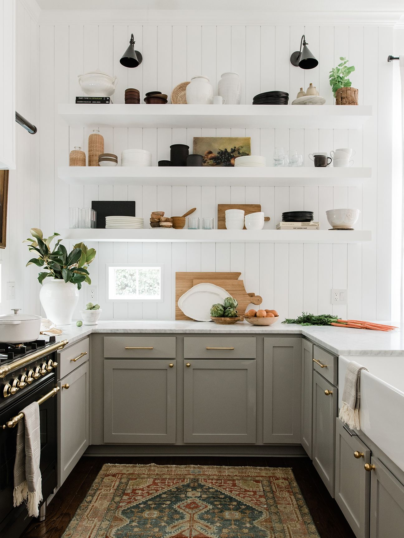 Kitchen Organization Tips to Bookmark If You Have Zero Storage #decoratehome