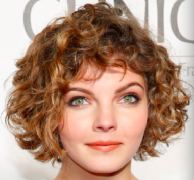 18 Short Low Maintenance Styles For Naturally Curly Hair Natural Curls Hairstyles Short Hair Styles For Round Faces Haircuts For Curly Hair
