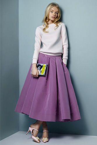No-Brainer Guide To Perfect Spring Style #refinery29  ~ circle skirt and pretty sweatshirt