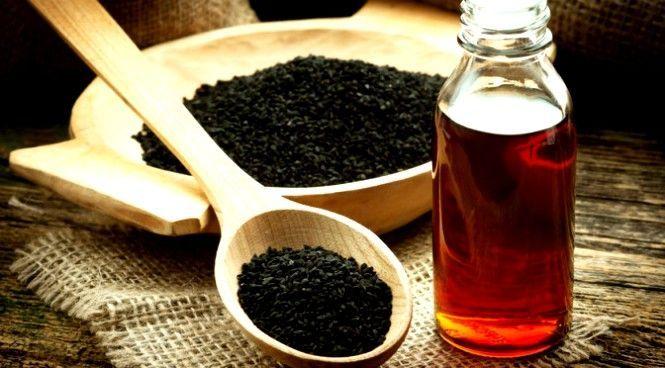 Elogiato in tutta l'antichità, dall'Egitto fino in India, questo olio ha così tante proprietà che negli ultimi anni sono stati condotti più di 700 studi scientifici che confermano le straordinarie capacità di guarigione