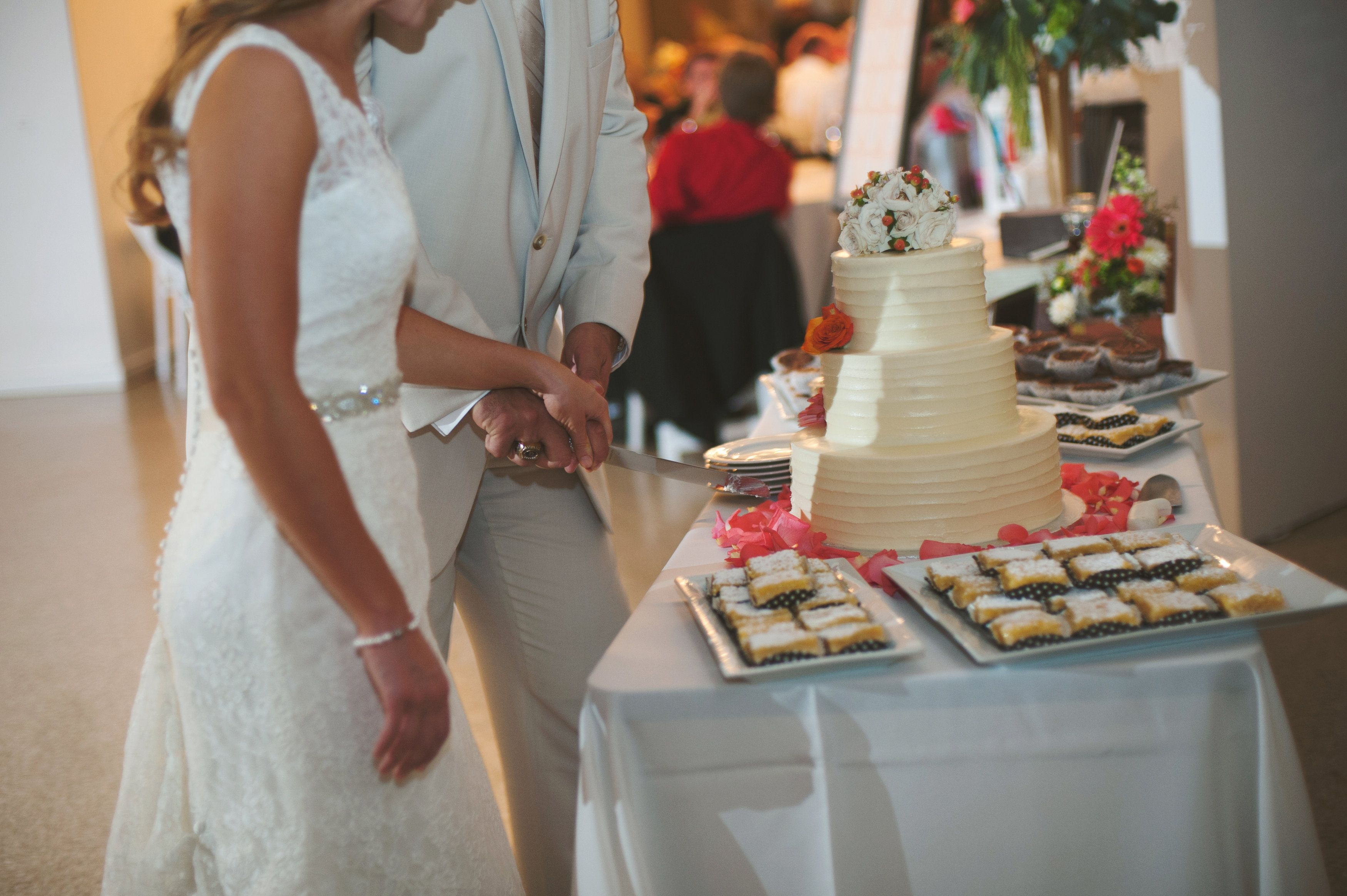 Choose Your Own Catering And Bar Service To Make Your Reception Even Sweeter Photography Cincinnati Wedding Photographers Cincinnati Weddings Polaroid Wedding