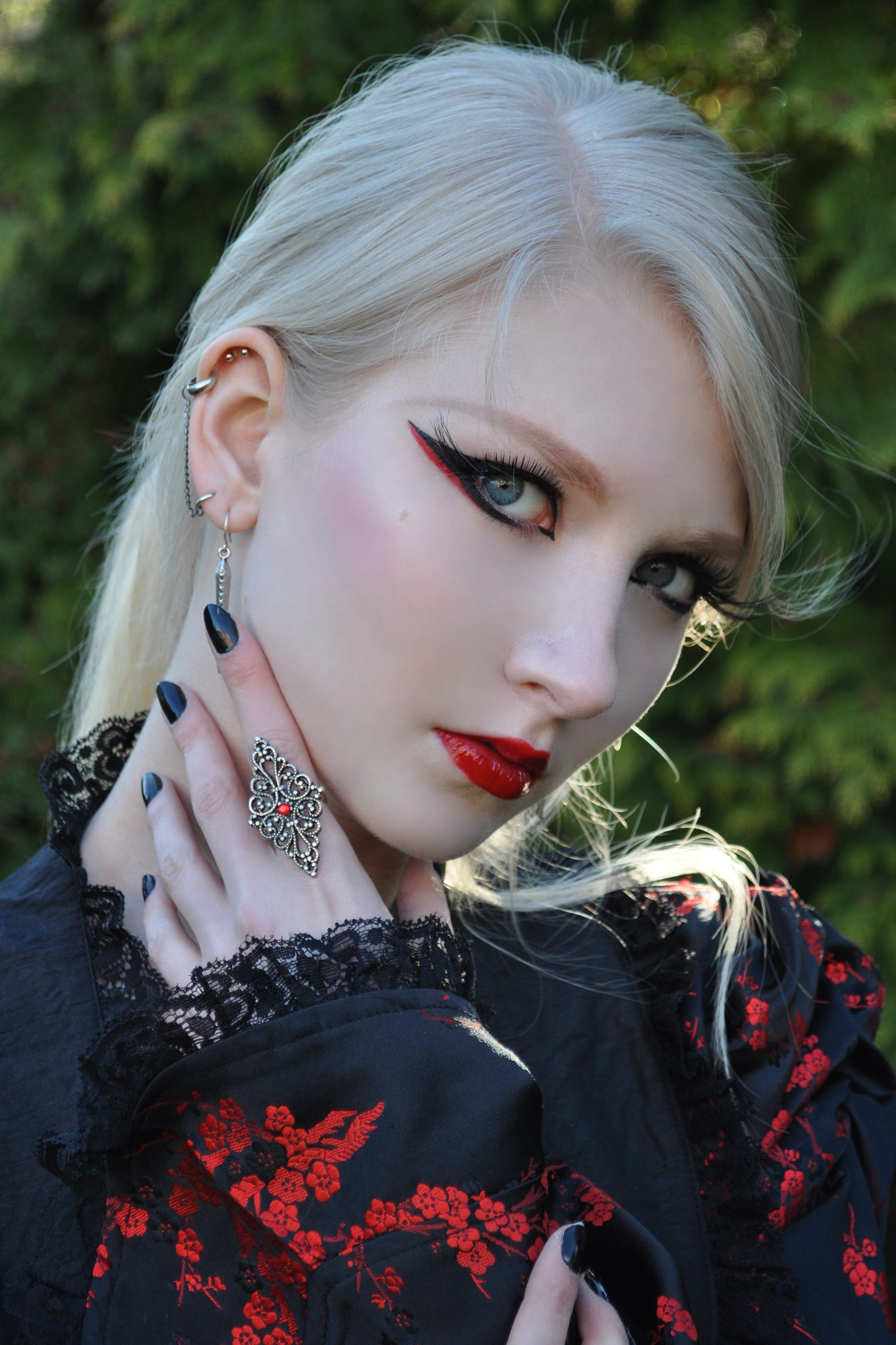 MariaAmanda altmodel japan makeup clothes piercings hair