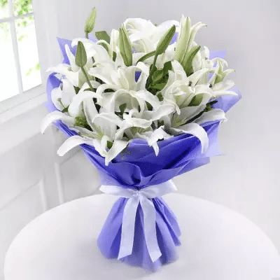 Bunch Of 6 White Lilies Mother S Day White Lily Bouquet Lily Bouquet Mothers Day Flowers