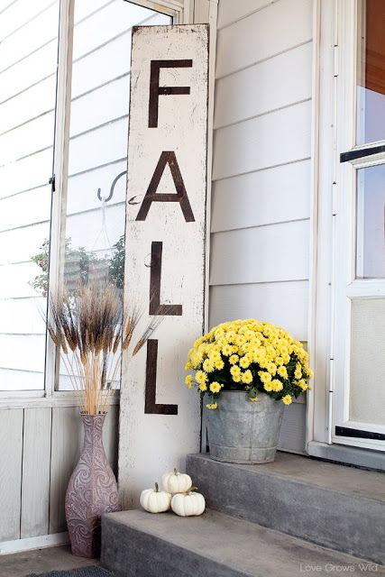 Reclaimed wood or shipping pallets are the perfect base for an oversized sign to showcase your love of fall.