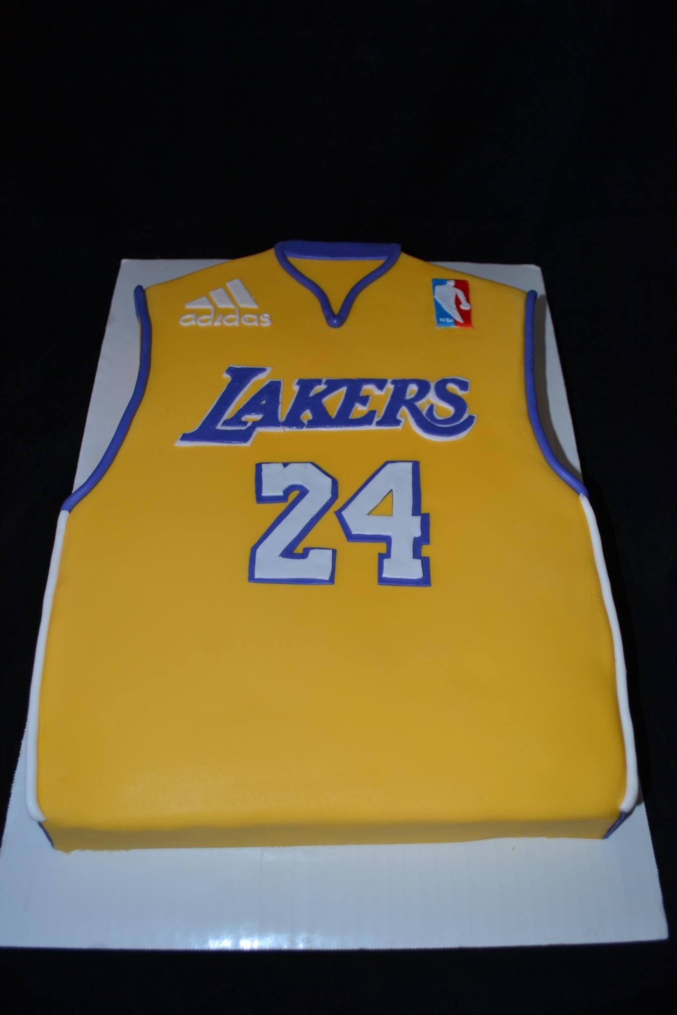Lakers Cake My Cakes Pinterest Cake 18th Cake And Cake Cookies
