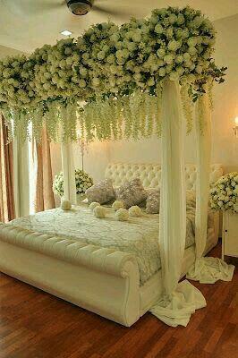 Pin By Jessie Mac On Wedding Bed Decoration Romantic Bedroom Design Bridal Room Decor Wedding Night Room Decorations