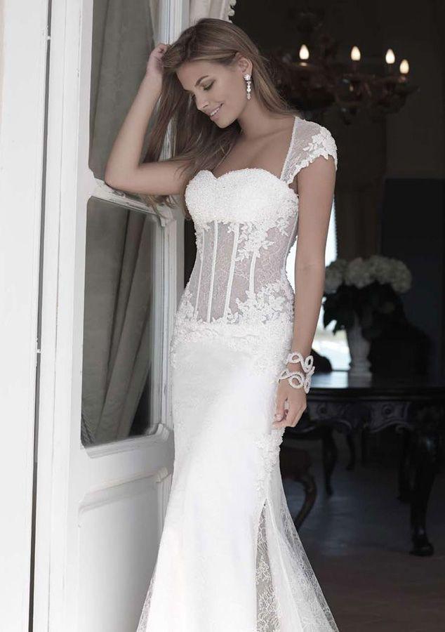 Atelier Signore. Cerca questo Pin e molto altro su abiti da sposa di ... c2ab35cd7eb